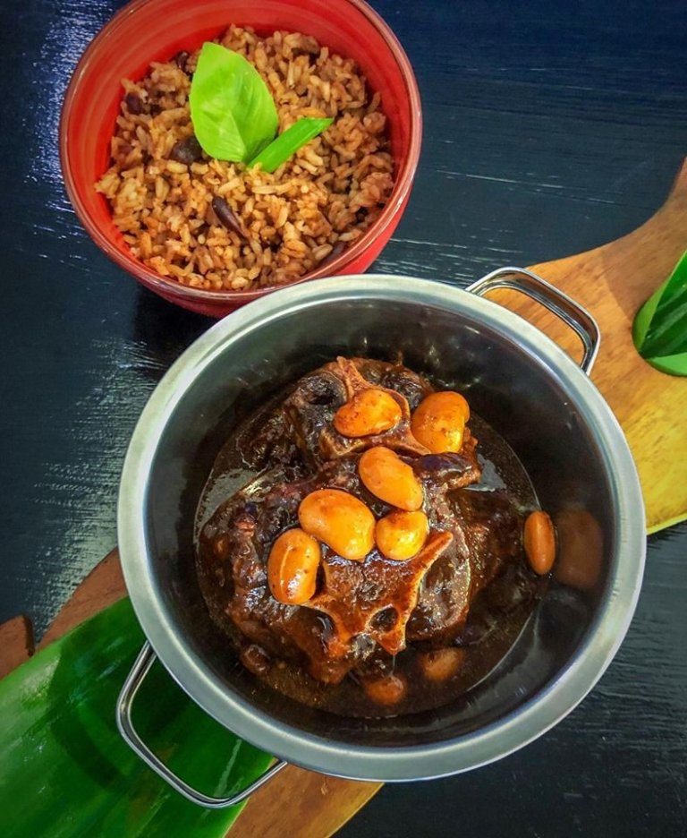 OMG! Oxtail & Beans